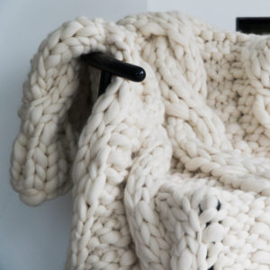 extreme knit throw super chunky throw
