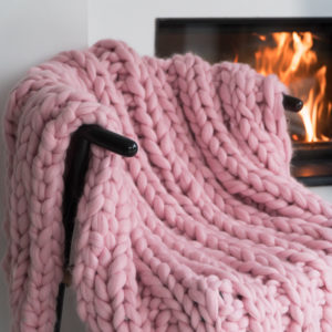 super chunky blanket ribbed in baby pink merino wool