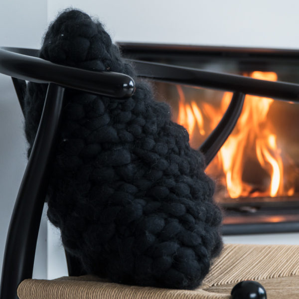 super chunky knit pillow